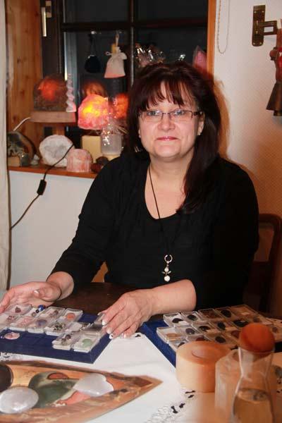 Annette Hilscher - Heilsteinberatungen